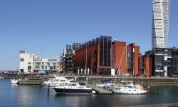 Två hamnar med olika förutsättningar i Malmö