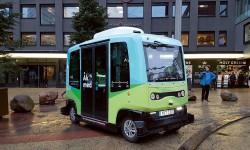 Nu rullar självkörande bussar i Kista