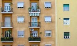 Då skvallrar bostadsrättsägare på grannen